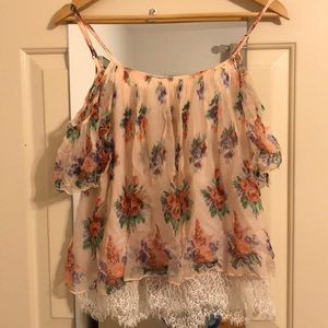 Tops - Flowy, Floral Top